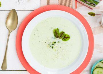 Karnemelk komkommersoep recept